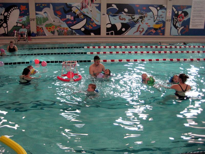 Pool basketball! Swim lessons - week 6 (final class)