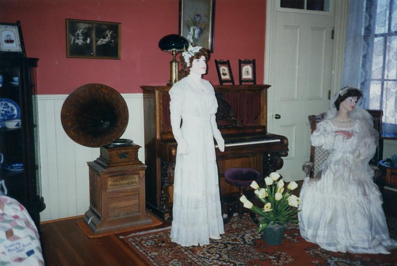 1996 Bridal Exhibition-7.jpg