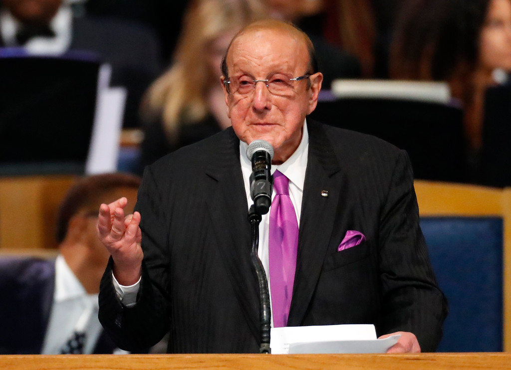 . Record producer Clive Davis speaks during the funeral service for Aretha Franklin at Greater Grace Temple, Friday, Aug. 31, 2018, in Detroit. Franklin died Aug. 16, 2018 of pancreatic cancer at the age of 76. (AP Photo/Paul Sancya)