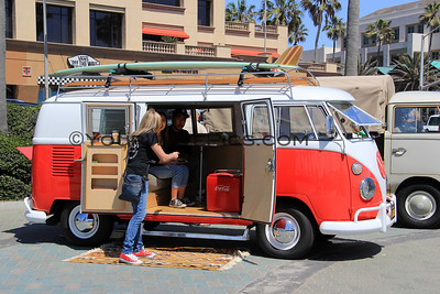 Kowabunga Van Klan Vintage Bus Show @ HB Pier 4/15/17