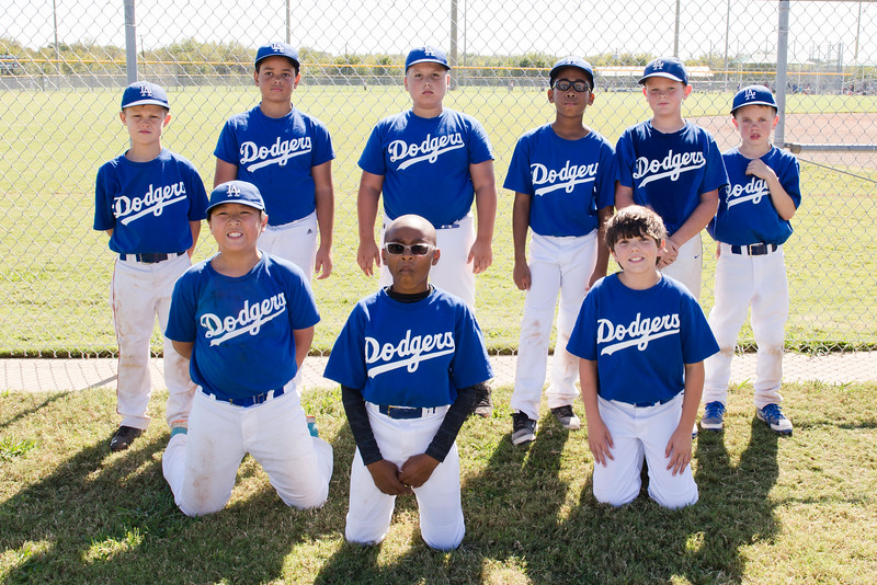 2016-10-29 10U Dodgers Team Picture 002.jpg