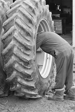 Tiring a tractor