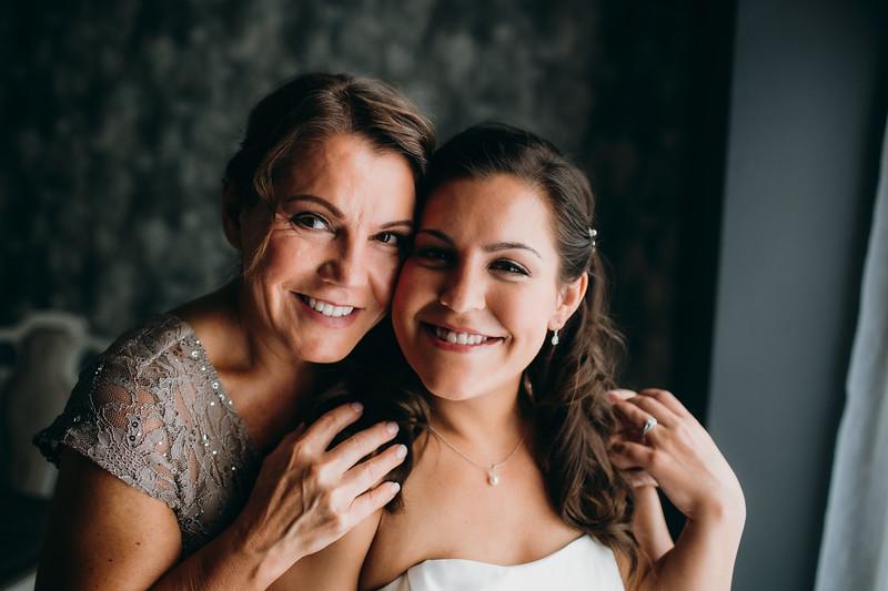 [Bridal Prep] Caitlin-Aaron-27.jpg