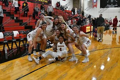 UC Women's Basketball 2018-19