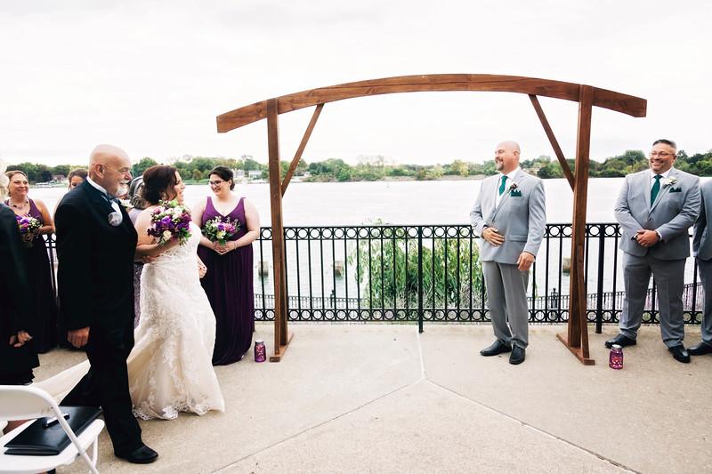 chateau-on-the-river-trenton-michigan-wedding-0253.jpg
