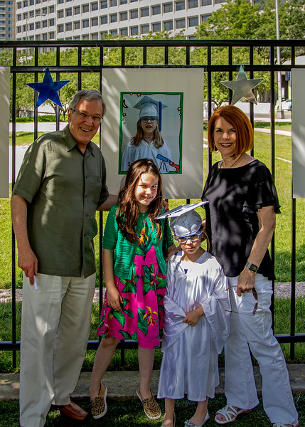 FamilySamsGraduation_02.jpg