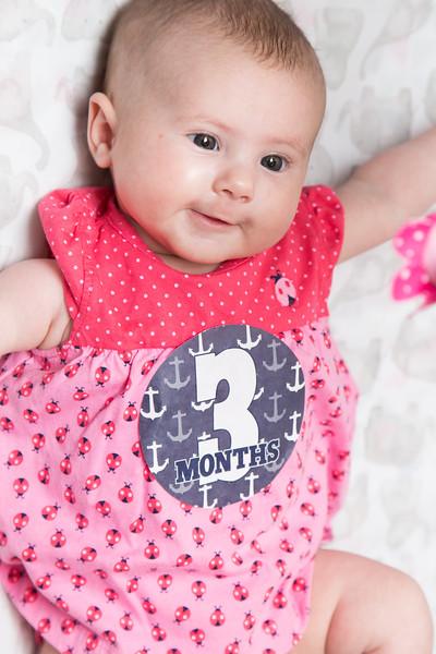Taylor_Lynn_Three_Month_Old_00031.jpg