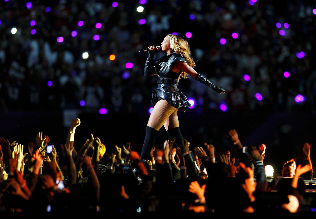 . Beyonce performs during the half time show in the NFL Super Bowl XLVII football game in New Orleans, Louisiana, February 3, 2013.  REUTERS/Gary Hershorn