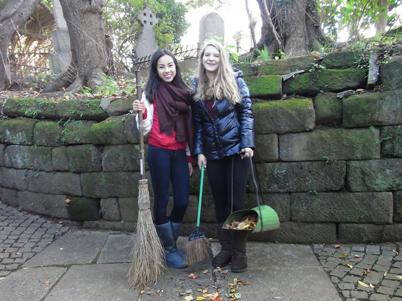 Cemetery Clean-up 11132013_10830300675_l.jpg