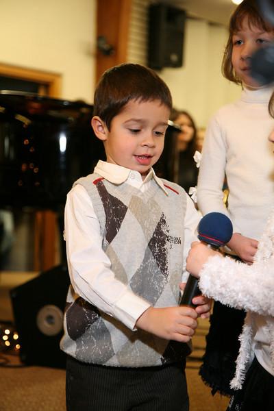 Kids choir Christmas program 2009