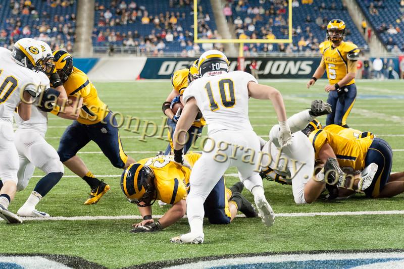 2014 Clarkston Varsity Football vs. Saline 509.jpg