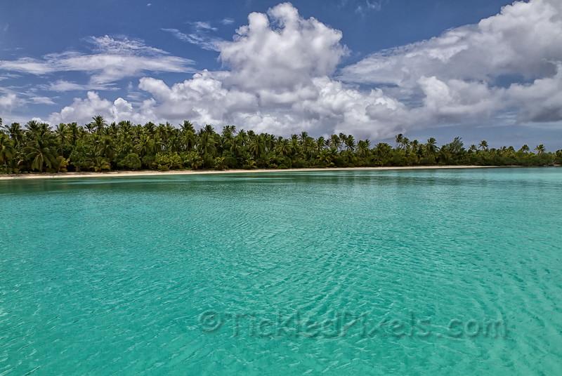 Akaiami Island