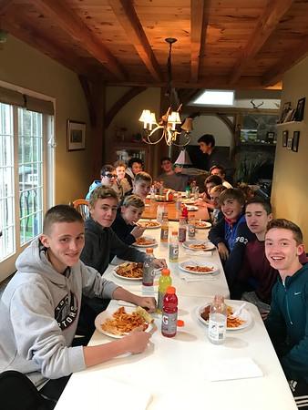 2018_10_22 JV soccer team dinner