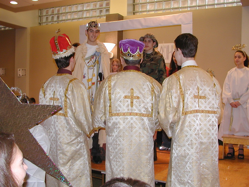 2002-12-21-HT-Christmas-Pageant_139.jpg