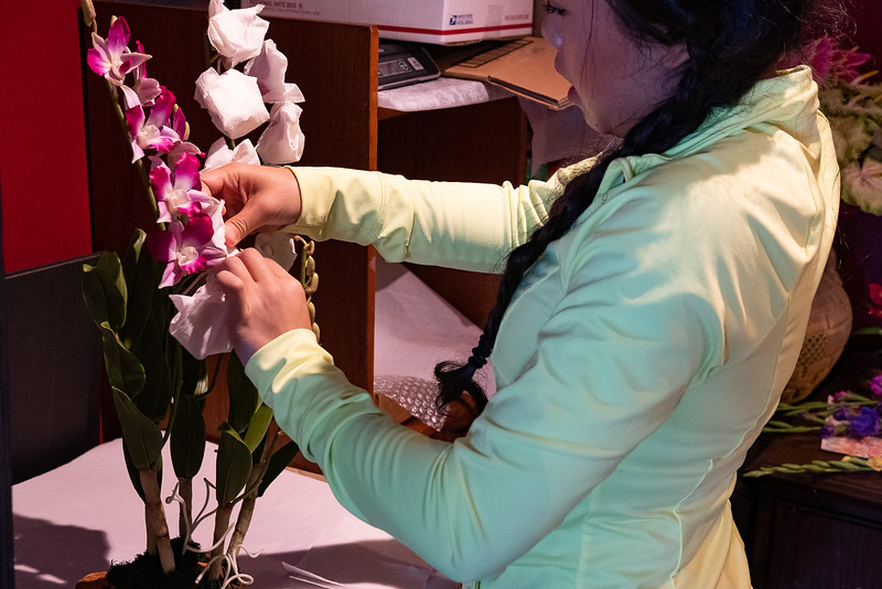 Once she is finished sculpting your flowers using oil based paints she will paint in every little detail on your flower. Sabrina will then carefully wrap the flowers so they are safe for shipment.  Even take the time to wrap each head individually.