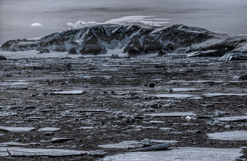 below the antarctic circle 5-Edit.JPG