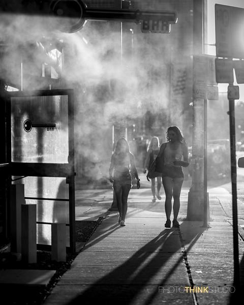 2 girls - mist.jpg