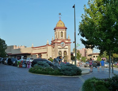 2011-07 Country Club Plaza