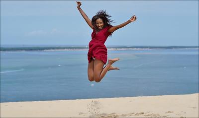 Jumping Hudah - Dune du Pilat, France