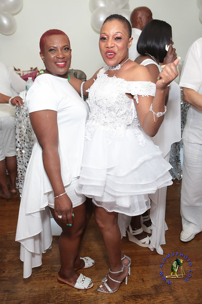 SHERRY SOUTHE WHITE PARTY  2019 re-154.jpg
