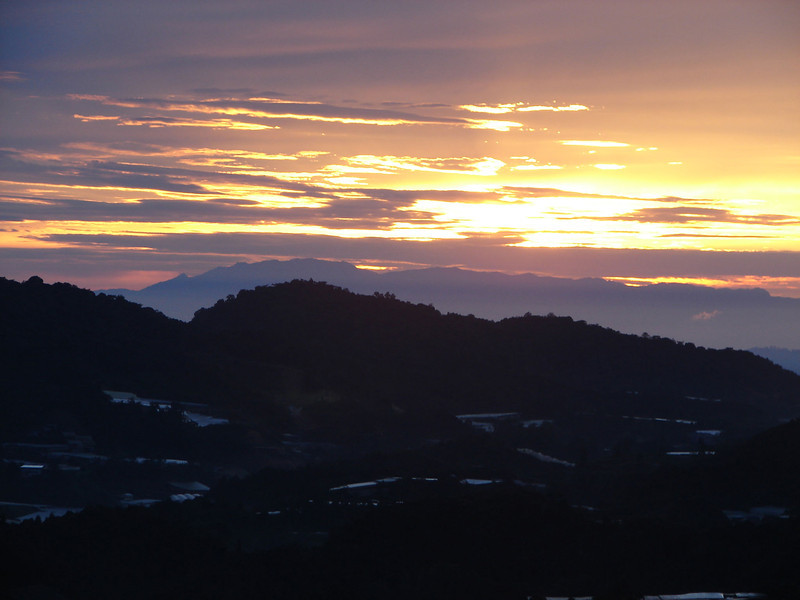 Sunrise over The cameron Highlands from our bedroom window (7).JPG