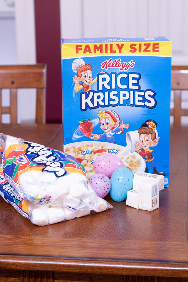 As far as Easter desserts go, my Rice Krispie Treats Recipe of Peeps Surprise Eggs will delights kids and adults of all ages in their Easter basket and party
