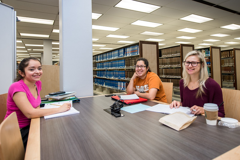 Alexa Gonzolez, Haidee Cruz, and Kylie Conaway study chemistry at the Mary and Jeff Bell Library.