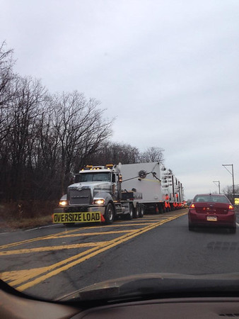Oversize Load Travels North Through Tamaqua (11-25-2014)