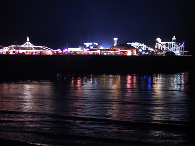 brightonpier_atnight.jpg