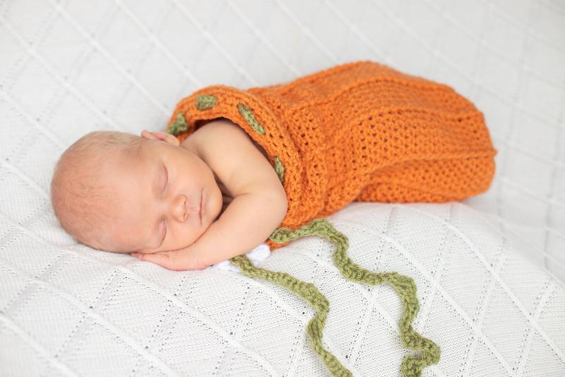Beckett Newborn-52.jpg