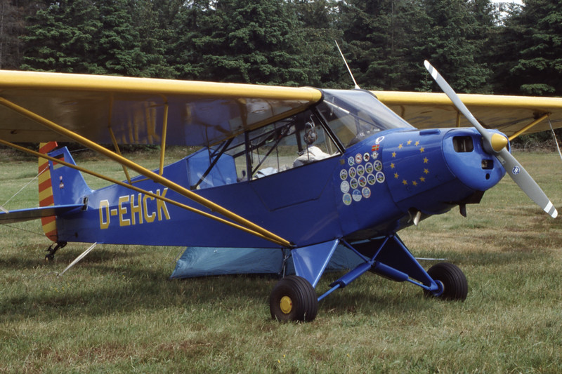 D-EHCK-PiperL-18CSuperCub-Private-EKVJ-1998-06-13-FC-19-KBVPCollection.jpg