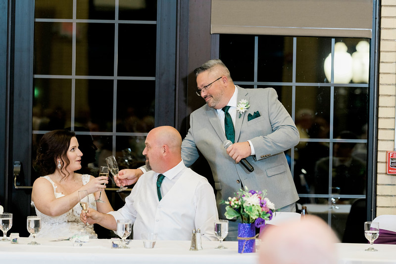 chateau-on-the-river-trenton-michigan-wedding-0377.jpg