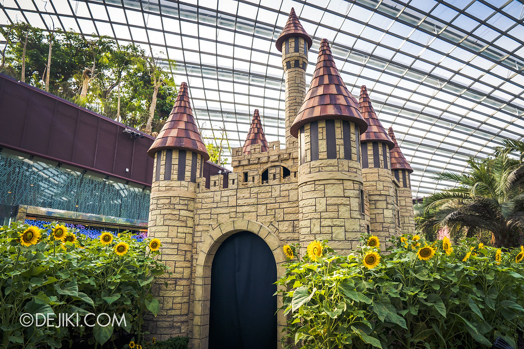 Gardens by the Bay – Sunflower Surprise / Inside the Castle