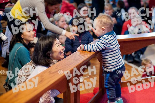 ©Bach to Baby 2018_Laura Woodrow_Epsom_2018-12-14_ 27.jpg