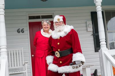 Hollenbachs & Santa 2018