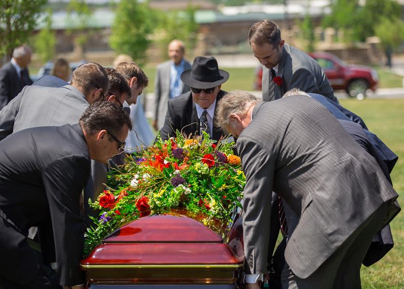 Grandpa Scott Funeral 072.jpg