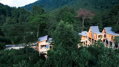 Anhui Jiuhua Mountain Qiyun Valley Treehouse Camp 安徽九华山栖云谷树屋露营地