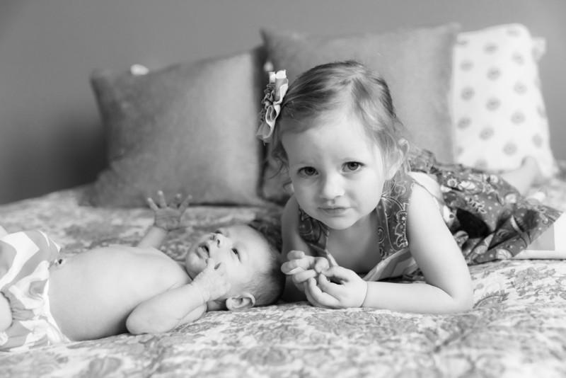2014.03.30 Whitney Kronforst Newborn Photos B-W 33.jpg