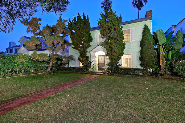 145 E Avenue, Coronado, CA 92118