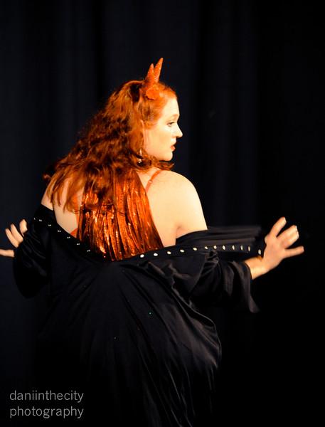 Burlesque (6 of 88).jpg