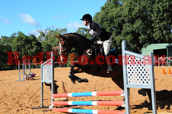 2014 06 22 Wallangarra Training ODE 1 ShowJumping