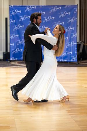 2021-0410 Just Dancing