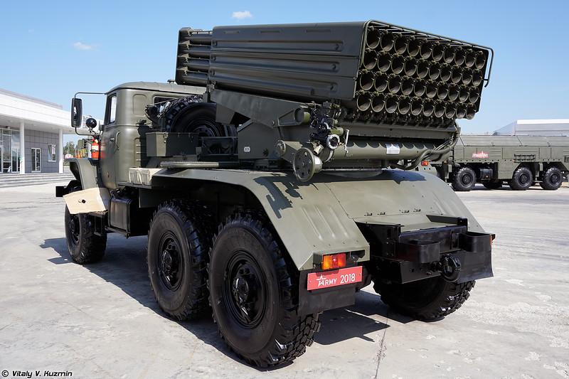 Боевая машина 2Б17М РСЗО 9К51М Торнадо-Г (2B17M combat vehicle of 9K51M Tornado-G MLRS)