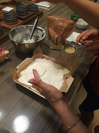 2015-07-28 Baking with Mom