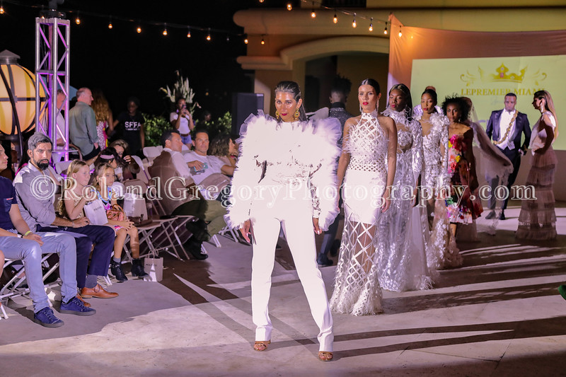 Fashionweek 2019-3864.jpg