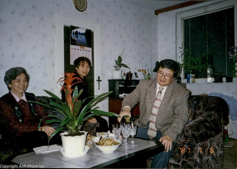 Ba Tan Visit 90s 25.jpg
