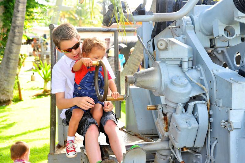 Hawaii_Pearl_Harbor_28.jpg