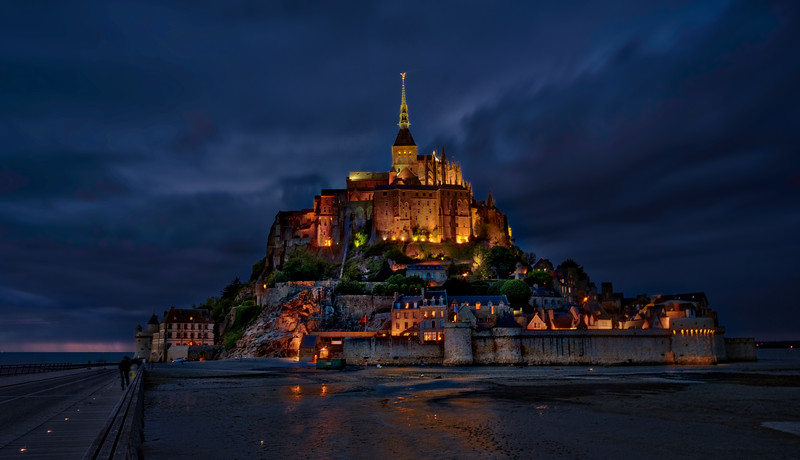 Mont Saint Michel over the quicksand