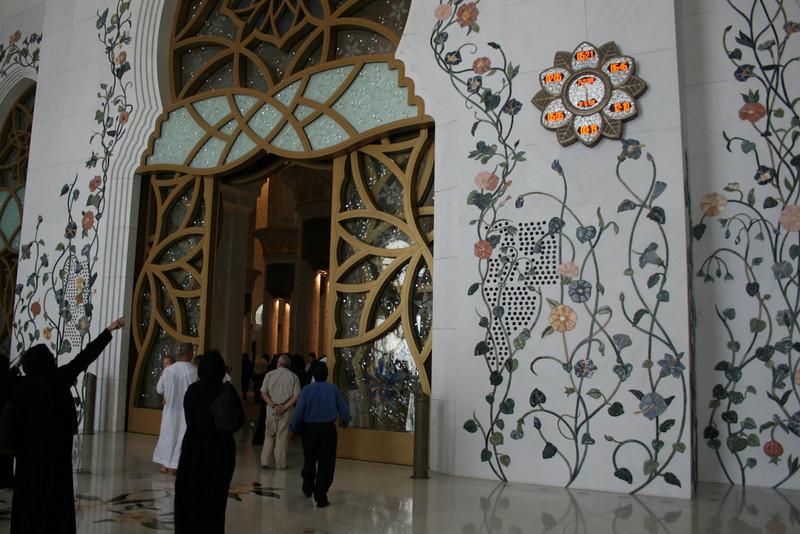 20091129_065_abu_dhabi.jpg