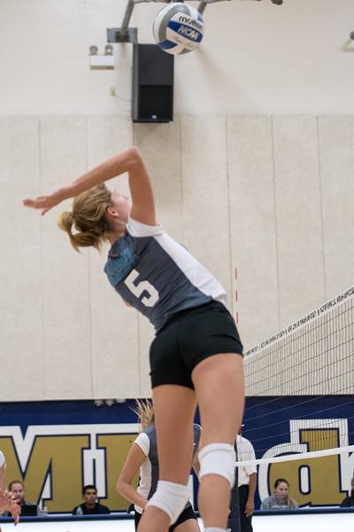 HPU Volleyball-91860.jpg